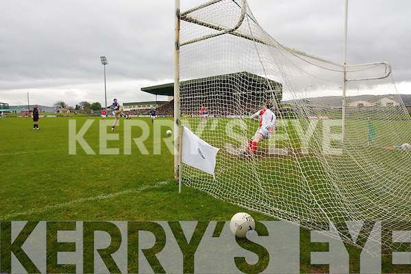 Bryan Sheehan Kerry scores a goal from a penalty against  Mayo in the National Football League in Austin Stack Park on Sunday..