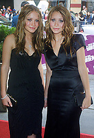 Mary Kate, Ashley Olsen, 2002, Photo By John Barrett/PHOTOlink