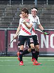 AMSTELVEEN -  Tijn Lissone (A'dam) heeft gescoord    tijdens  de  eerste finalewedstrijd van de play-offs om de landtitel in het Wagener Stadion, tussen Amsterdam en Kampong (1-1). Kampong wint de shoot outs.   rechts Johannes Mooij (A'dam) . rechts Niek Merkus (A'dam)   COPYRIGHT KOEN SUYK