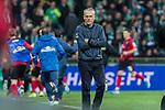 02.11.2019, wohninvest WESERSTADION, Bremen, GER, 1.FBL, Werder Bremen vs SC Freiburg<br /> <br /> DFL REGULATIONS PROHIBIT ANY USE OF PHOTOGRAPHS AS IMAGE SEQUENCES AND/OR QUASI-VIDEO.<br /> <br /> im Bild / picture shows<br /> Christian Streich (Trainer SC Freiburg) bejubelt 2:2 Ausgleich in Nachspielzeit nicht, <br /> hinter Streich jubelt die Bank, <br /> <br /> Foto © nordphoto / Ewert