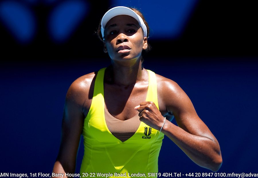 Venus Williams (USA) (6) against  Francesca Schiavone (ITA) (17) in the Fourth Round of the Womens Singles. Williams beat Schiavone 3-6 6-2 6-1..International Tennis - Australian Open Tennis - Monday 25 Jan 2010 - Melbourne Park - Melbourne - Australia ..© Frey - AMN Images, 1st Floor, Barry House, 20-22 Worple Road, London, SW19 4DH.Tel - +44 20 8947 0100.mfrey@advantagemedianet.com