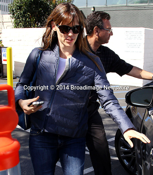 Pictured: Jennifer Garner<br /> Mandatory Credit &copy; ACLA/Broadimage<br /> Jennifer Garner has lunch at the Tavern Restaurant in Brentwood<br /> <br /> 3/13/14, Brentwood, California, United States of America<br /> <br /> Broadimage Newswire<br /> Los Angeles 1+  (310) 301-1027<br /> New York      1+  (646) 827-9134<br /> sales@broadimage.com<br /> http://www.broadimage.com