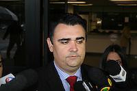 SAO PAULO, SP, 25 DE JUNHO DE 2013 -  CASO BIANCA CONSOLI - O advogado da família, Cristiano Medina chega para o julgamento do motoboy Sandro Dota, no Fórum Criminal da Barra Funda em São Paulo, SP, nesta terça-feira (23). Ele é acusado de matar a estudante Bianca Consoli, 19 anos, em setembro de 2011. FOTO: MAURICIO CAMARGO / BRAZIL PHOTO PRESS