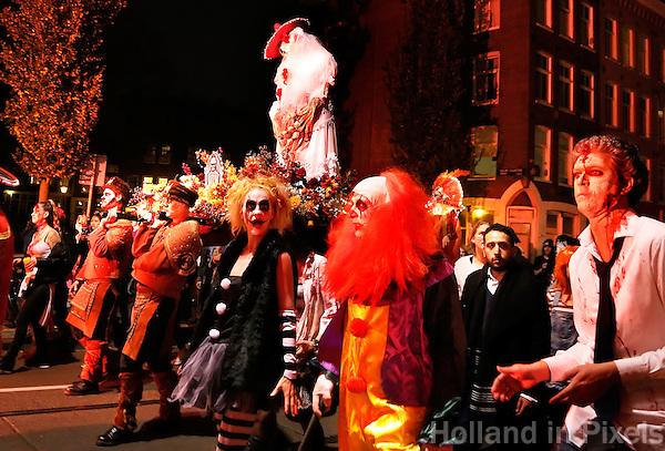 Amsterdam - Het thema van de FOX Amsterdam Halloween Parade & Party is dit jaar: Dia de los Muertos. De Nacht van de Doden: de Mexicaanse viering van Allerzielen en Halloween