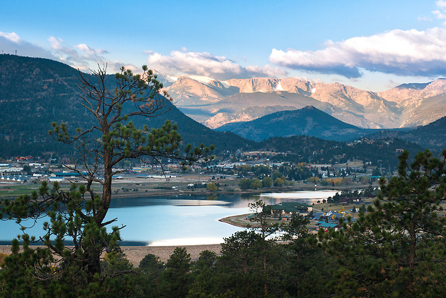 morning in the Rocky Mountains, Estes Park, Colorado, USA