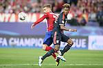Atletico de Madrid's Antoine Griezmann (l) and FC Bayern Munchen's Kingsley Coman during Champions League 2015/2016 Semi-Finals 1st leg match. April 27,2016. (ALTERPHOTOS/Acero)
