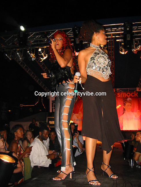 Sylver Logan Sharp & Audra Lomax).Smock Magazine Launch Party.South Street Seaport.New York, NY.June 26, 2001.Photo By CelebrityVibe.com..