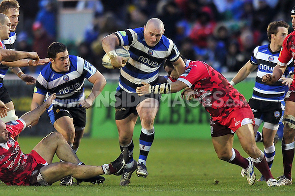 Carl Fearns goes on the attack. Amlin Challenge Cup match, between Bath Rugby and Mogliano Rugby on December 14, 2013 at the Recreation Ground in Bath, England. Photo by: Patrick Khachfe / Onside Images