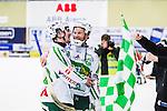 V&auml;ster&aring;s 2014-03-08 Bandy SM-semifinal 4 V&auml;ster&aring;s SK - Hammarby IF :  <br /> V&auml;ster&aring;s Johan Esplund och V&auml;ster&aring;s Ted Bergstr&ouml;m &auml;r glada efter matchen <br /> (Foto: Kenta J&ouml;nsson) Nyckelord:  VSK Bajen HIF jubel gl&auml;dje lycka glad happy glad gl&auml;dje lycka leende ler le