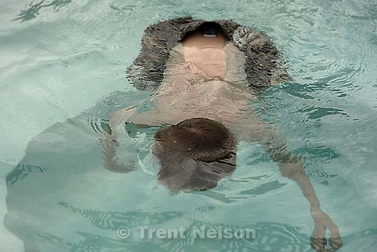 nathaniel nelson in hot tub; 11.24.2005<br />