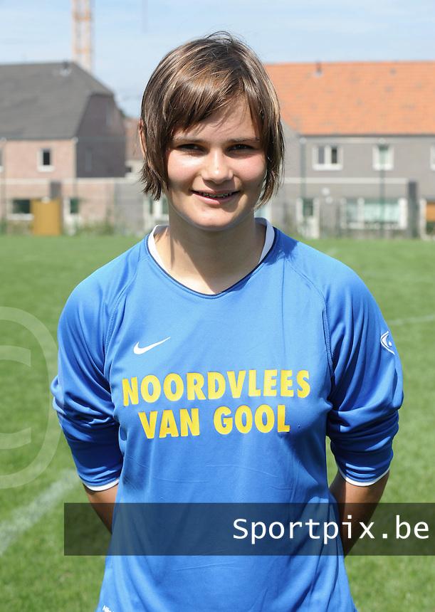 K Achterbroek VV : Lotte Aertsen.foto DAVID CATRY / VROUWENTEAM.BE