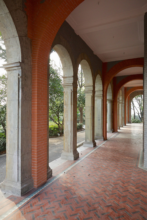South-Facing Colonnade, Commissioner's Residence, Wuhu.