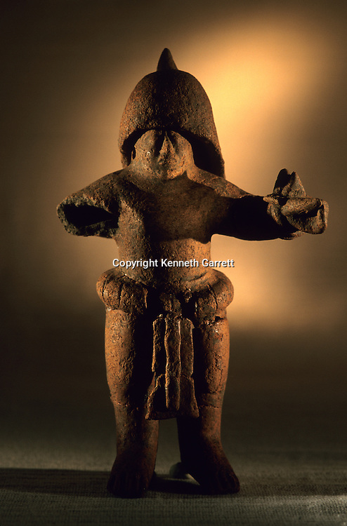 Artifact, Cancuen, Guatemala, Arthur Demarest, Tomas Barrientos, Maya, palace, Classic Period, Peten, warrior.