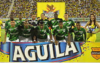 BARRANCABERMEJA -COLOMBIA, 09-08-2015:  Jugadores de Deportivo Cali  posan para una foto previo al encuentro con Alianza Petrolera por la fecha 5 de la Liga Aguila II 2015 disputado en el estadio Daniel Villa Zapata de la ciudad de Barrancabermeja./ Players of Deportivo Cali pose to a photo prior the match against Alianza Petrolera for the 5th date of the Aguila League II 2015 played at Daniel Villa Zapata stadium in Barrancebermeja city. Photo:VizzorImage / Jose Martinez / Con
