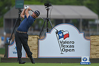 Brian Harman (USA) watches his tee shot on 11 during day 1 of the Valero Texas Open, at the TPC San Antonio Oaks Course, San Antonio, Texas, USA. 4/4/2019.<br /> Picture: Golffile | Ken Murray<br /> <br /> <br /> All photo usage must carry mandatory copyright credit (© Golffile | Ken Murray)