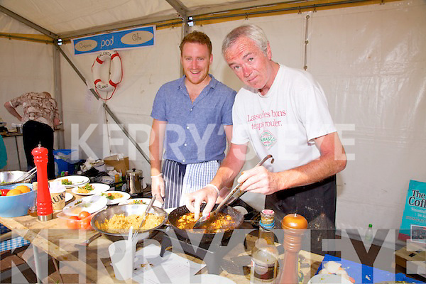 You won't get them any fresher or tastier pictured at the Valentia Island King Scallop Festival on Saturday were l-r; Steve Lynott & Seamus O'Connor.