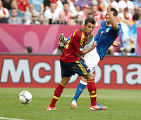 10.06.2012. Gdansk, Polonia. Eurocopa 2012. Chiellini (R) and Jordi Alba (L) in action during match between Spain against Italy in Gdsnk Arena