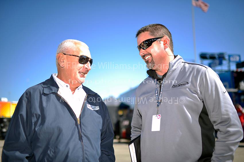 Eddie Jarvis (L) and Mike Arning