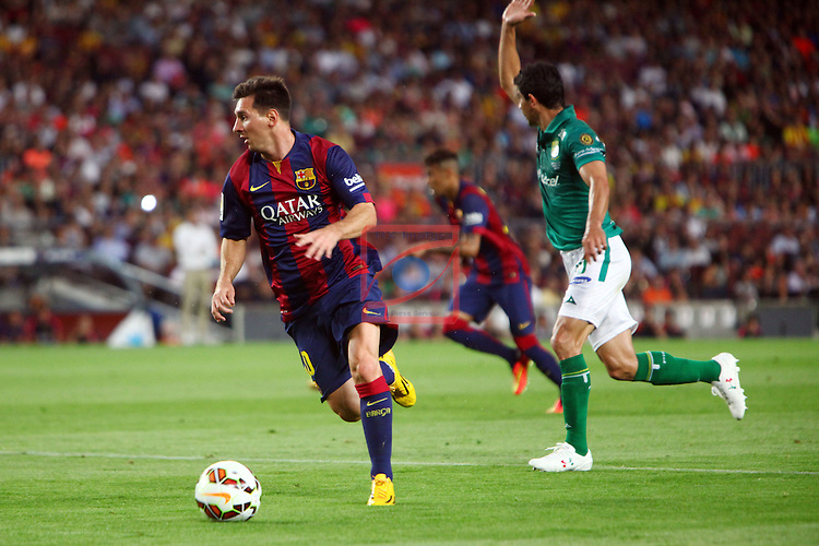 49e Trofeu Joan Gamper.<br /> FC Barcelona vs Club Leon FC: 6-0.<br /> Lionel Messi vs Jonny Magallon.