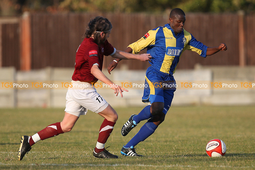 Abs Seymour in action for Romford - Romford vs Leiston - Ryman League Division One North Football at Mill Field, Aveley FC - 21/10/11 - MANDATORY CREDIT: Gavin Ellis/TGSPHOTO - Self billing applies where appropriate - 0845 094 6026 - contact@tgsphoto.co.uk - NO UNPAID USE.