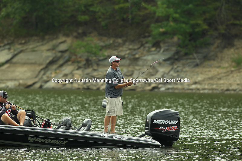 August 21, 2015: Forrest Wood Cup (Day 2) on Lake Ouachita in Hot Springs, AR. Justin Manning/ESW/CSM