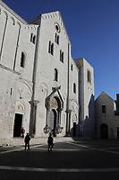 Basilica San Nicola - 20.11.2017: Bari mit der Costa Deliziosa
