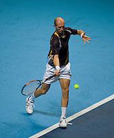 Nicolay Davydenko (RUS) against  Novak Djokovic (SRB) in the Group B singles. Djokovic beat Davydenko 36 64 75..International Tennis - Barclays ATP World Tour Finals - O2 Arena - London - Day 2 - Mon 23 Nov 2009..© Frey - AMN IMAGES, Level 1 Barry House, 20-22 Worple Road, London, SW19 4DH - +44 20 8947 0100