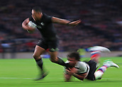4th November 2017, Twickenham Stadium, Twickenham, England; Autumn International Rugby, Barbarians versus New Zealand; Nqani Laumape of New Zealand runs passed Steven Luatua of Barbarians