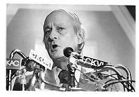 Rene Levesque vers 1975<br /> (date exacte inconnue)<br /> <br /> <br /> PHOTO : Alain Renaud - Agence Quebec Presse<br /> <br /> Les images commandees seront recadrees lorsque requis