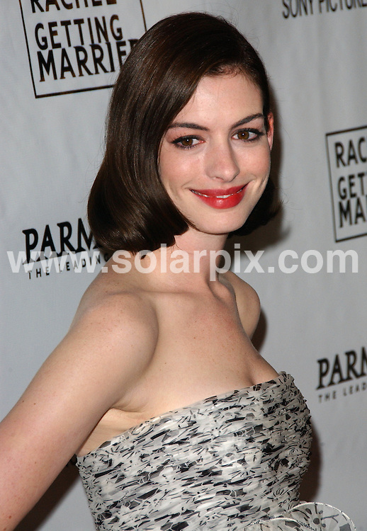 **ALL ROUND PICTURES FROM SOLARPIX.COM**.**SYNDICATION RIGHTS FOR UK, SPAIN, PORTUGAL, AUSTRALIA, S.AFRICA & DUBAI (U.A.E) ONLY**.The Rachel Getting Married Los Angeles film Premiere at the The Writers Guild Theatre in Beverly Hills, California in the USA..This pic:Anne Hathaway..JOB REF:7347-PHZ/Albert.L.Ortega     DATE:15_09_08 .**MUST CREDIT SOLARPIX.COM OR DOUBLE FEE WILL BE CHARGED* *UNDER NO CIRCUMSTANCES IS THIS IMAGE TO BE REPRODUCED FOR ANY ONLINE EDITION WITHOUT PRIOR PERMISSION*