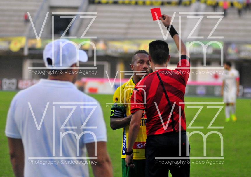 BARRANCABERMEJA-COLOMBIA-3-ABRIL-2016.Acción de juego entre Alianza Petrolera y Atlético Huila .. Photo: VizzorImage / José David Martínez / contribuidor