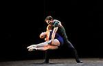 TRIADE..HOMMAGE A JEROME ROBBINS....Choregraphie : MILLEPIED Benjamin..Mise en scene : MILLEPIED Benjamin..Compositeur : MUHLY Nico..Compagnie : Ballet de l Opera National de Paris..Lumiere : BESOMBES Patrice..Costumes : MILLEPIED Benjamin..Avec :..GILLOT Marie Agnes..CHAILLET Vincent..Lieu : Opera Garnier..Ville : Paris..Le : 20 04 2010..© Laurent PAILLIER / www.photosdedanse.com