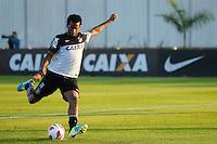 SAO PAULO, SP 11 JULHO 2013 - TREINO CORINTHIANS - O jogador GIL do Corinthians, treinou na tarde de hoje, 11, no Ct. Dr. Joaquim Grava, na zona leste de São Paulo. FOTO: PAULO FISCHER/BRAZIL PHOTO PRESS