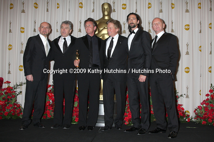 Sir Ben Kingsley, Robert DeNiro, Sean Penn, Michael Douglas, Adrien Brody, and Sir Anthony Hopkins  in the 81st Academy Awards Press Room at the Kodak Theater in Los Angeles, CA  on.February 22, 2009.©2009 Kathy Hutchins / Hutchins Photo...                .