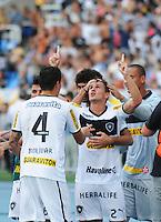 RIO DE JANEIRO, RJ, 10 MARÇO 2013 - TAÇA GUANABARA - Jogadores do Botafogo comemoram o gol feito por  Lucas durante partida Botafogo X Vasco, valida pela Final da Taca Guanabara, (primeiro turno do Estadual do Rio de Janeiro), no Estádio do Engenhão, na zona norte do Rio, neste domingo. 10/03/2013 - (FOTO: SANDROVOX / BRAZIL PHOTO PRESS).