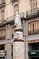 Mariblanca (Venus) statue, Puerta del Sol, Madrid, Spain
