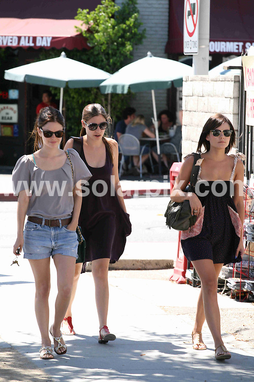 **ALL ROUND PICTURES FROM SOLARPIX.COM**.**SYNDICATION RIGHTS FOR UK, AUSTRALIA, DENMARK, PORTUGAL, S. AFRICA, SPAIN & DUBAI (U.A.E) ONLY**.Rachel Bilson Shopping on Santa Monica Boulevard in Los Angeles on August 5, 2009..This pic: Rachel Bilson..JOB REF: 9706 PHZ (Levine)   DATE: 05_08_2009.**MUST CREDIT SOLARPIX.COM OR DOUBLE FEE WILL BE CHARGED**.**MUST NOTIFY SOLARPIX OF ONLINE USAGE**.**CALL US ON: +34 952 811 768 or LOW RATE FROM UK 0844 617 7637**