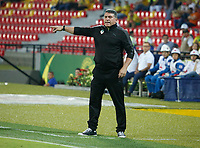 BUCARAMANGA-COLOMBIA,4 -08-2018.Luis Fernando Suarez director técnico de Equidad.Acción de juego entre los equipos Atlético Bucaramanga y Equidad durante partido por la fecha 3 de la Liga Águila II 2018 jugado en el estadio Alfonso López de la ciudad de Bucaramanga./ Luis Fernando Suarez coach of Equidad.Action game between Atletico Bucaramanga and Equidad during the match for the date 3 of the Aguila League II 2018 played at Alfonso Lopez  stadium in Bucaramanga city. Photo: VizzorImage/ Oscar Martínez / Contribuidor