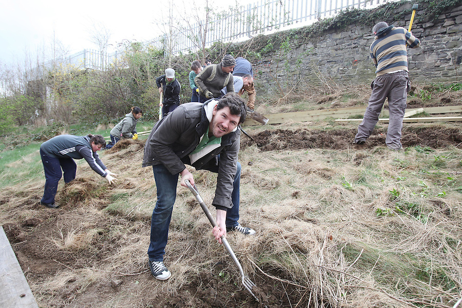 NO REPRO FEE. 13/3/2011. Shane Horgan Grow It Yourself. Pictured here at the Seven Oaks community Garden, Dublin is Rugby Player and Arthur Guinness Fund Ambassador Shane Horgan, at the launch of GIY (Grow It Yourself)Week running until 19th March. Shane has joined forces with the Arthur Guinness Fund to pledge his support for GIY by planting runner bean seeds and will share the progress of his new green venture via regular updates on the Guinness Ireland Facebook page. GIY Week is timed to coincide with the start of the 2011 growing season, and will encourage people all across Ireland to grow their own food. Picture James Horan/Collins Photos