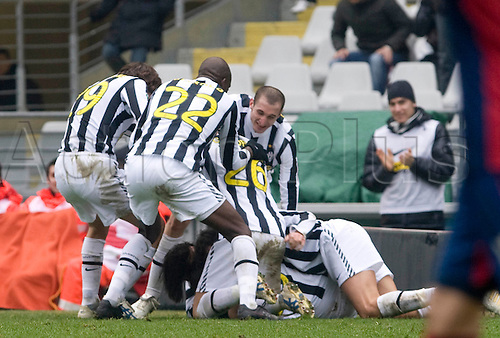 During a Serie A, soccer match between Juventus and Genoa at the Olympic stadium in Turin, Italy, Sunday, feb. 14, 2010 - in the picture: juve celebrating 2-1 score.Alberto Ramella/sync/ACTIONPLUS editorial use only .