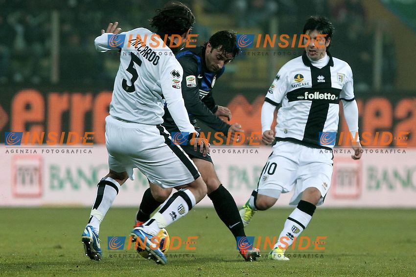 "Diego Milito Inter Cristian Zacardo Parma.Parma 26/11/2012 Stadio ""Tardini"".Football Calcio Serie A 2012/13.Parma v Inter.Foto Insidefoto Paolo Nucci."