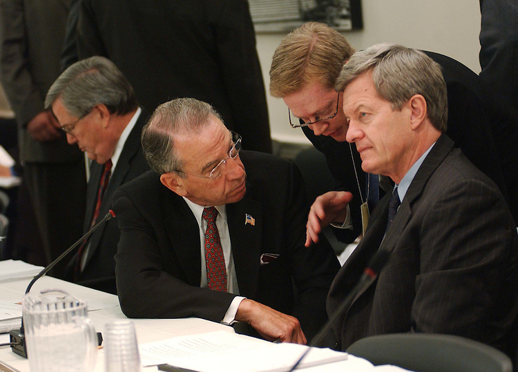 9/29/04.CORPORATE TAX CONFERENCE--House Ways and Means Chairman Bill Thomas, R-Calif., left, and Senate Finance Chairman Charles E. Grassley, R-Iowa, and ranking Democrat Max Baucus, D-Mont., before the joint House-Senate conference on the corporate tax bill..CONGRESSIONAL QUARTERLY PHOTO BY SCOTT J. FERRELL