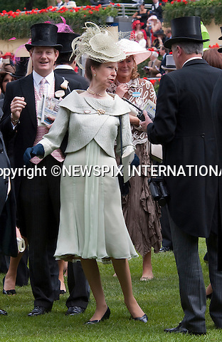 "Princess Anne, get's excited during the Gold Cup Race at Royal ascot as she .attends the Ladies Day of racing at the Royal Ascot Meeting, Ascot_18/06/2009.Mandatory Photo Credit: ©Dias/Newspix International..**ALL FEES PAYABLE TO: ""NEWSPIX INTERNATIONAL""**..PHOTO CREDIT MANDATORY!!: NEWSPIX INTERNATIONAL(Failure to credit will incur a surcharge of 100% of reproduction fees)..IMMEDIATE CONFIRMATION OF USAGE REQUIRED:.Newspix International, 31 Chinnery Hill, Bishop's Stortford, ENGLAND CM23 3PS.Tel:+441279 324672  ; Fax: +441279656877.Mobile:  0777568 1153.e-mail: info@newspixinternational.co.uk"