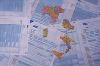 Modello unico utilizzato per pagare le tasse. Revenue form used for paying the taxes.Federalismo fiscale, Fiscal Federalism.....