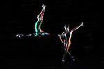 FORELLENQUINTETT....Chorégraphie  Martin Schläpfer..Décor, costumes & vidéo Keso Dekker..Lumières & vidéo Franz-Xaver Schaffer..avec  23 danseurs..Compagnie : BALLETT AM RHEIN..Le 27/11/2012..Lieu : Théâtre de la Ville..Ville : PARIS..© Laurent Paillier / photosdedanse.com..All rights reserved