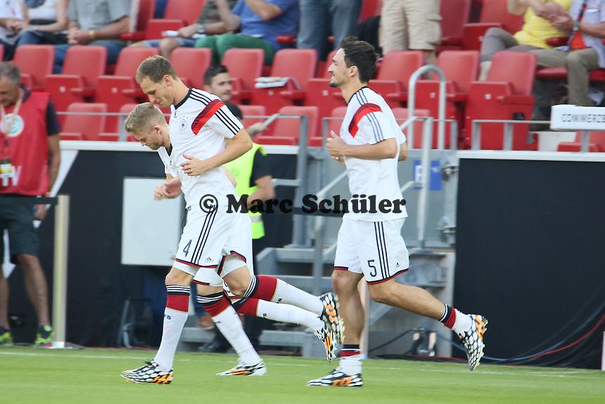 Benedikt Höwedes, Mats Hummels (D) - Deutschland vs. Armenien in Mainz