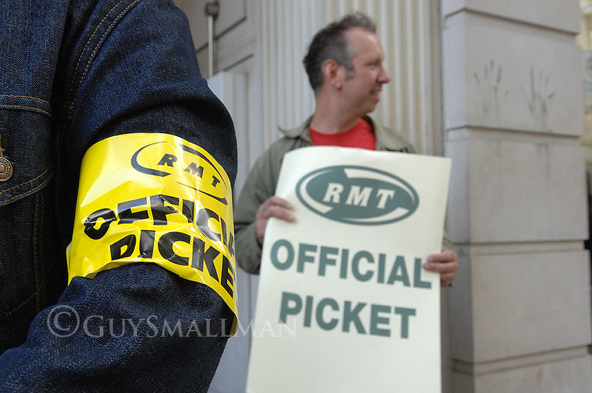RMT Metronet strike and protest against privatisation. The picketline outside the Metronet headquarters which was followed by a demonstration outside the headquarters of London Underground.