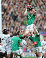 Peter O'Mahony of Ireland wins a lineout unopposed during the Guinness Six Nations match between England and Ireland at Twickenham Stadium on Sunday 23rd February 2020 (Photo by Rob Munro/Stewart Communications)