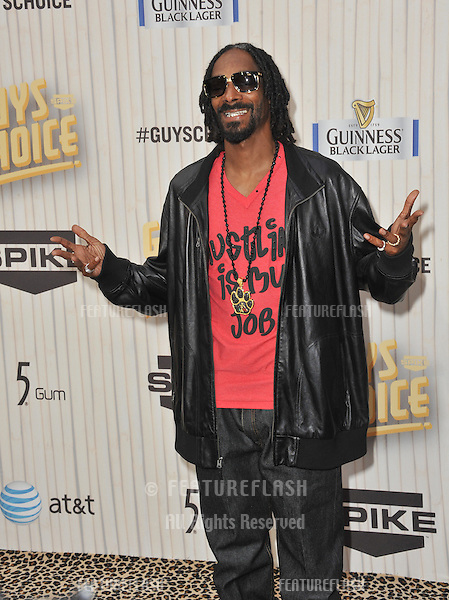 Snoop Dogg at the 2013 Guys Choice Awards at Sony Studios, Culver City.<br /> June 8, 2013  Los Angeles, CA<br /> Picture: Paul Smith / Featureflash
