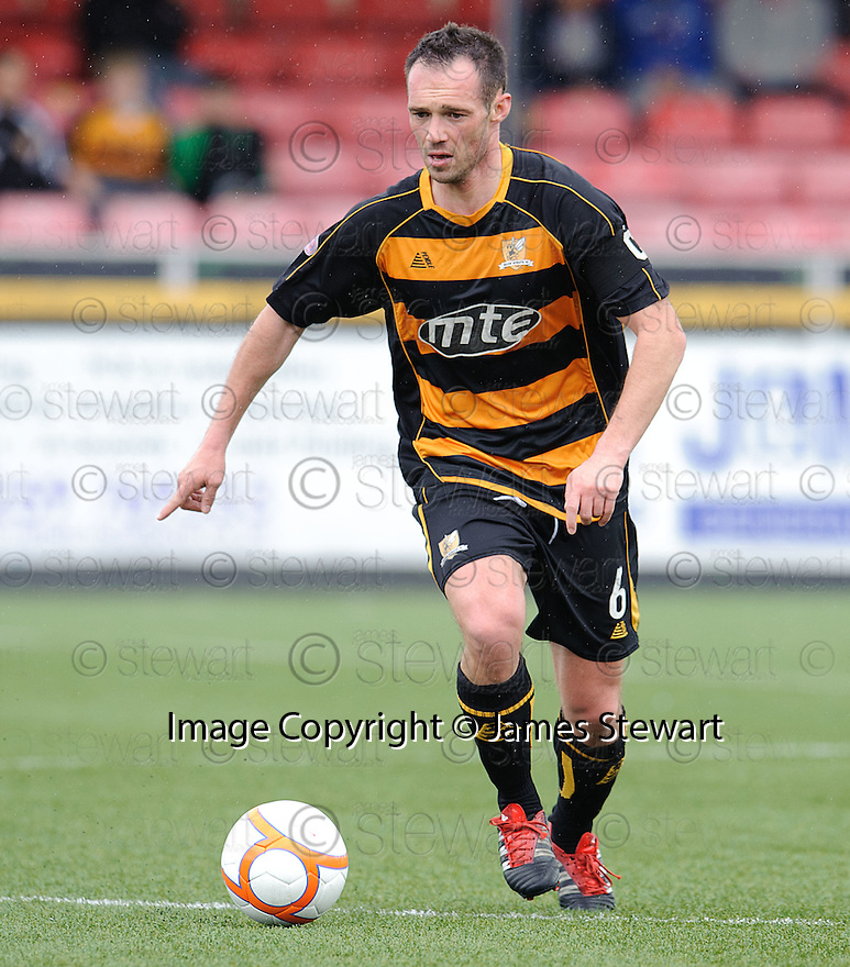 Alloa's Darren Young.